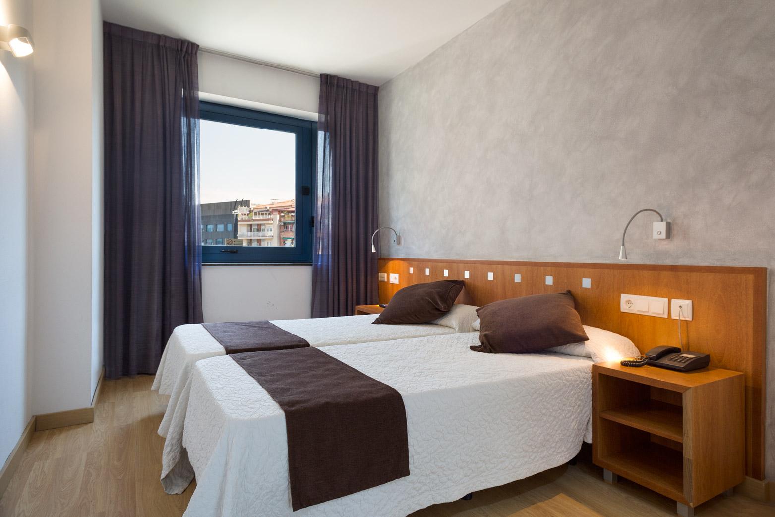 HOTEL_AZUL_HABITACIÓN_TRIPLE_CUADRUPLE_QUINTUPLE_APTO4_04