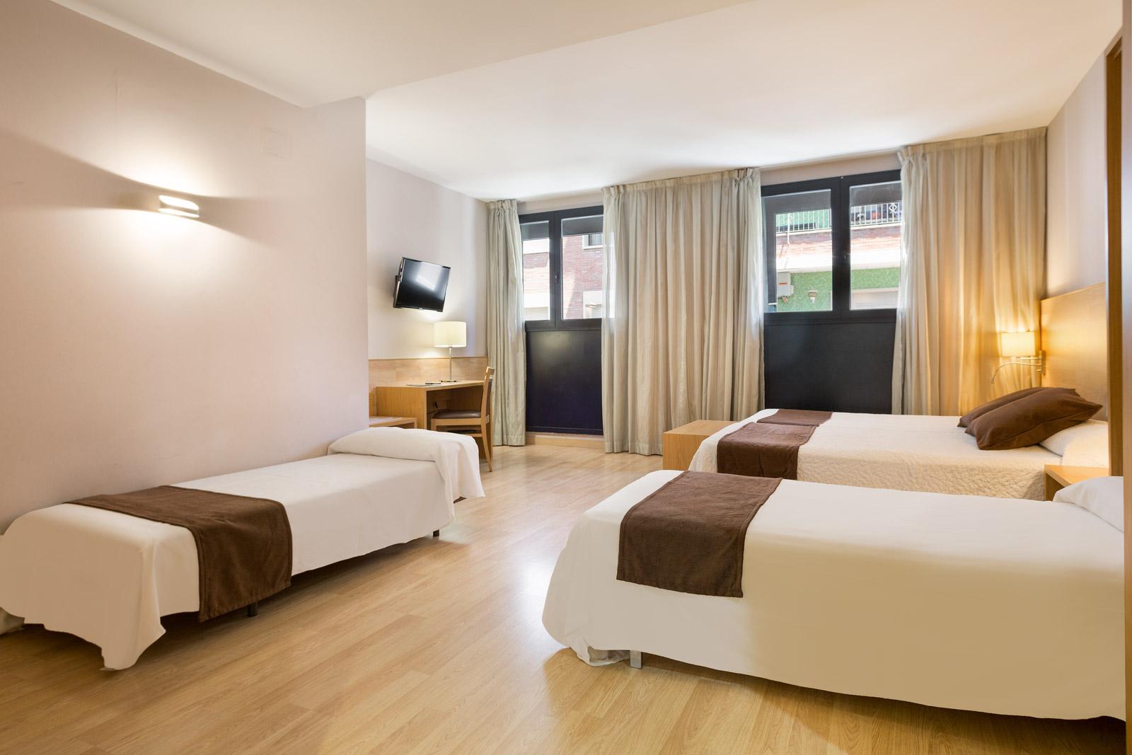 HOTEL_AZUL_HABITACIÓN_CUADRUPLE_C4T_01