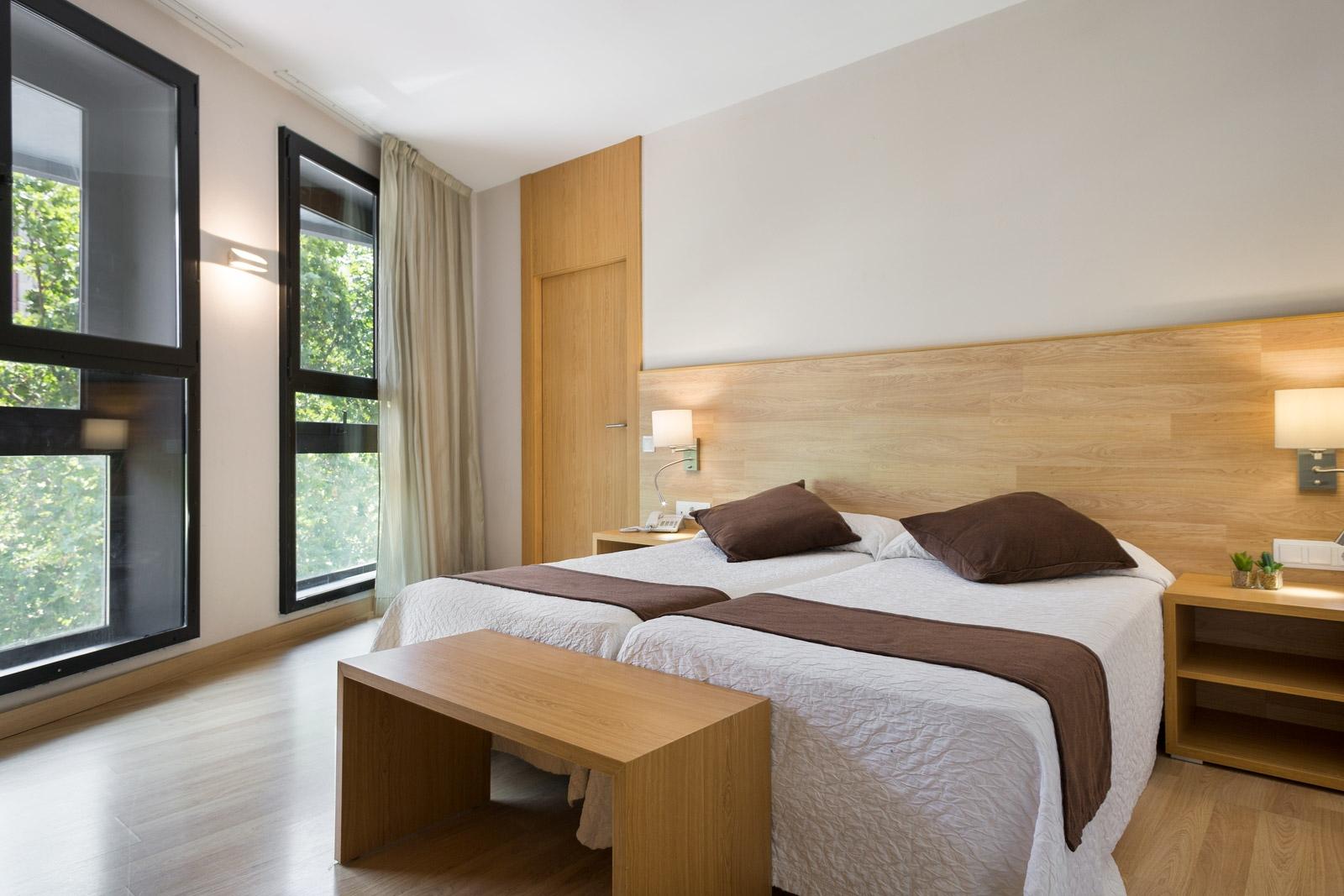 HOTEL_AZUL_HABITACIÓN_TRIPLE_CUADRUPLE_FAM4_03
