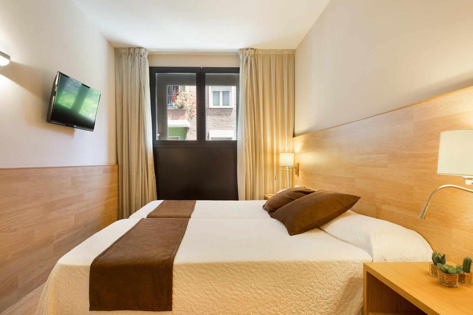 HOTEL_AZUL_HABITACIÓN_TRIPLE_C1Q_03
